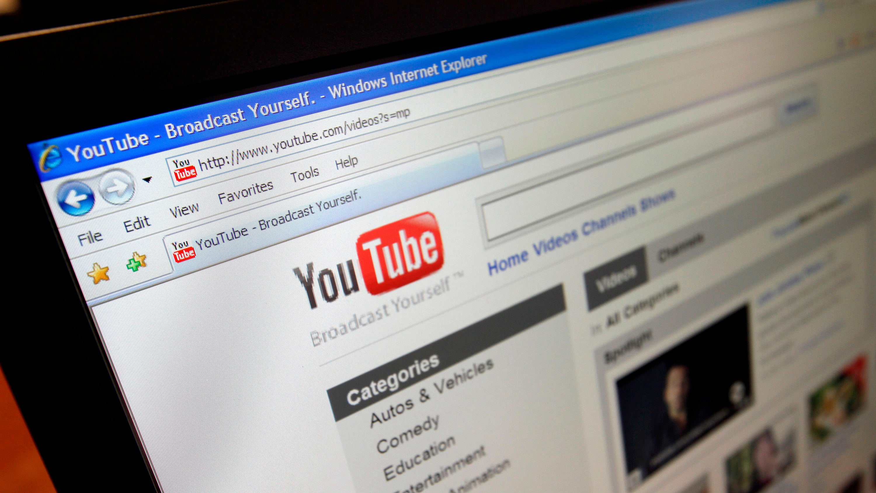 YouTube Is Asking Promoted Musicians To Sign Non-Disparagement Agreements