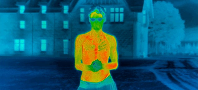 Thermal Imaging Reveals How Fast a Shirtless Person Loses Body Heat in the Cold