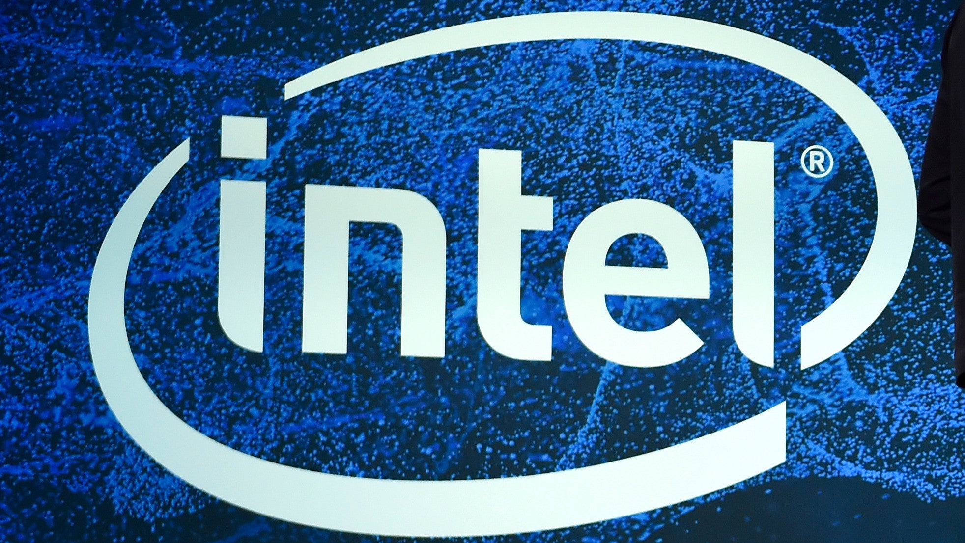 Intel Reportedly Warned Of Critical Chip Security Flaws A Year Ago