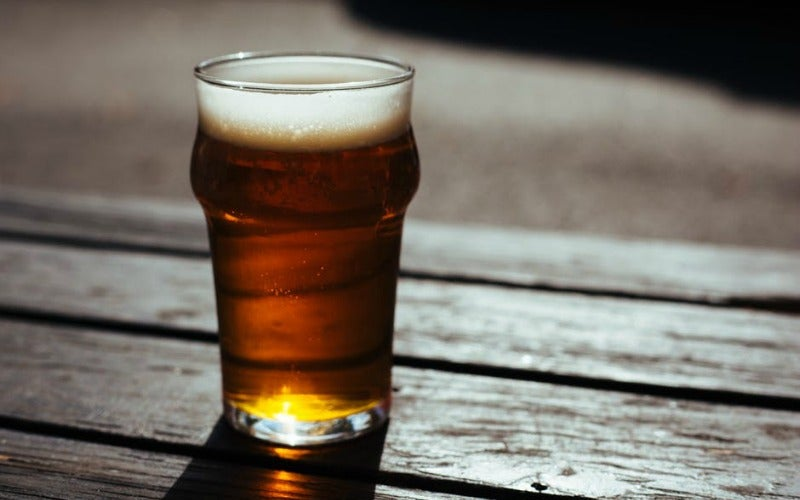 How To Quickly Tell If Your Beer Glass Is Really Clean
