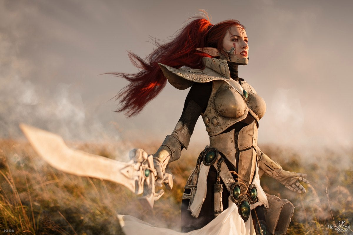 Terrific Warhammer 40K Cosplay Doesn't Give A Damn About Your God Emperor