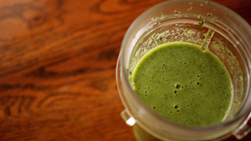 Add Rolled Oats to Upgrade Your Smoothie to a Filling Meal