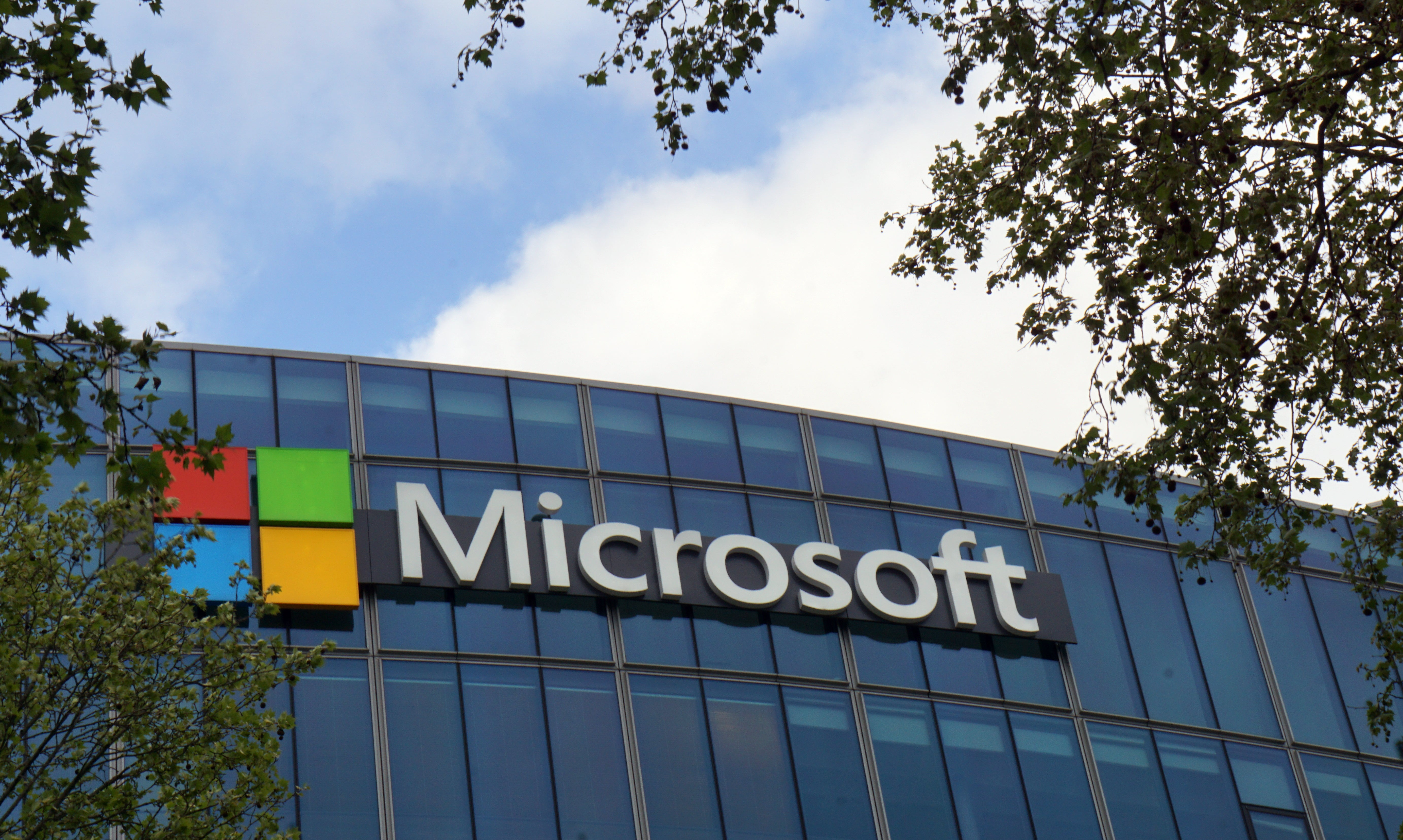 Employees Protest Microsoft Bid For Huge Military Contract, Saying It Could Cause 'Human Suffering'