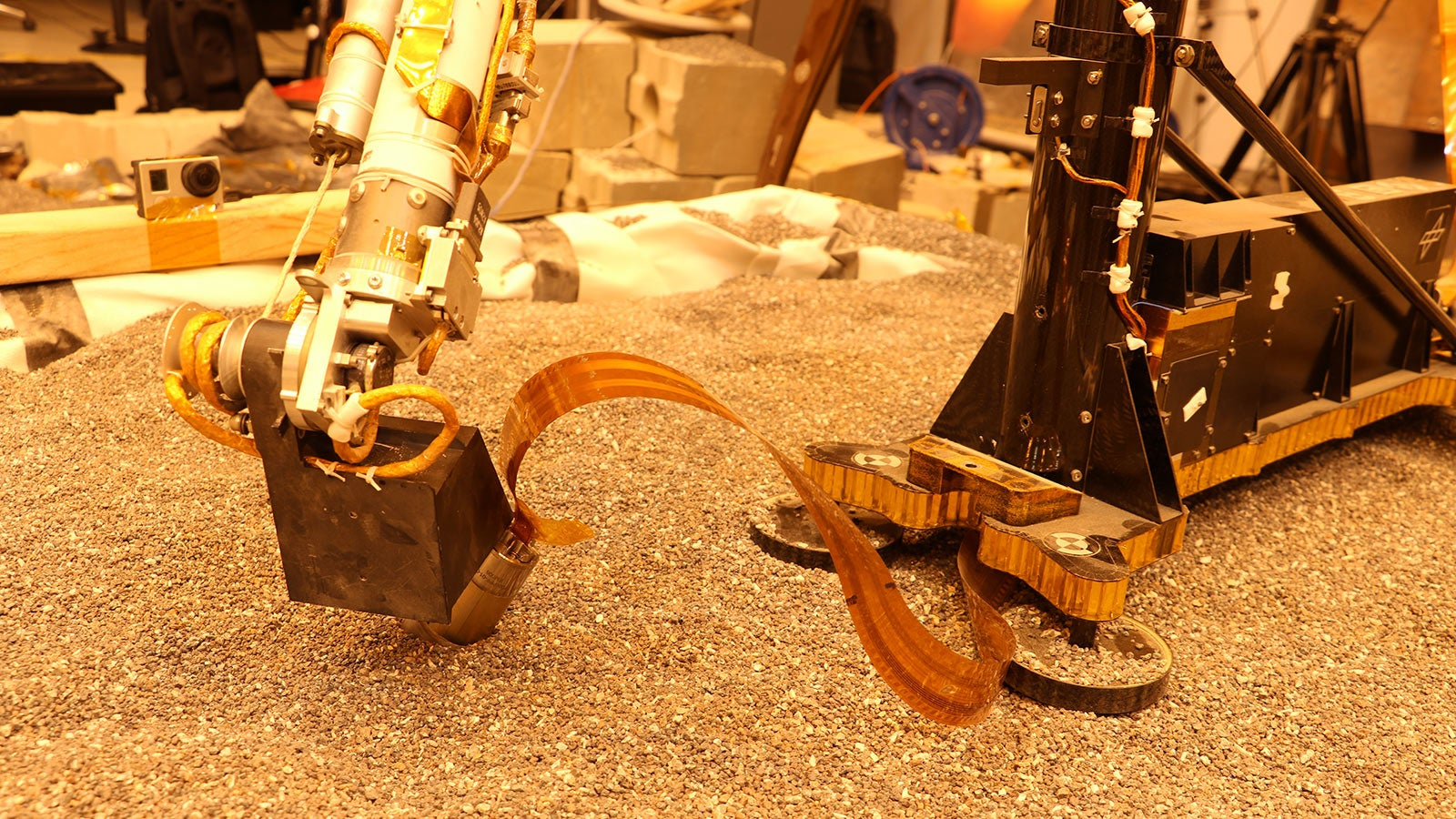 And Now For Some Good News: The InSight Heat Flow Probe Is Digging Again