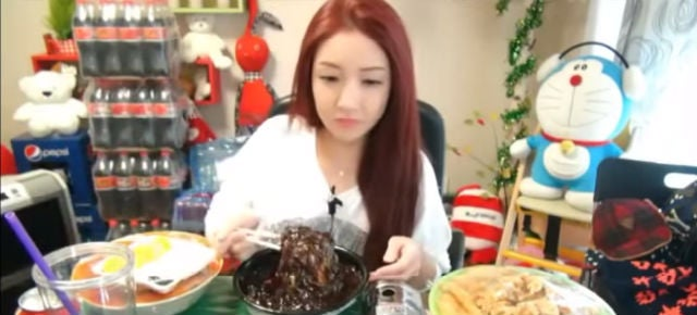 You Can Pay to Watch Strangers Eat on the Internet in South Korea