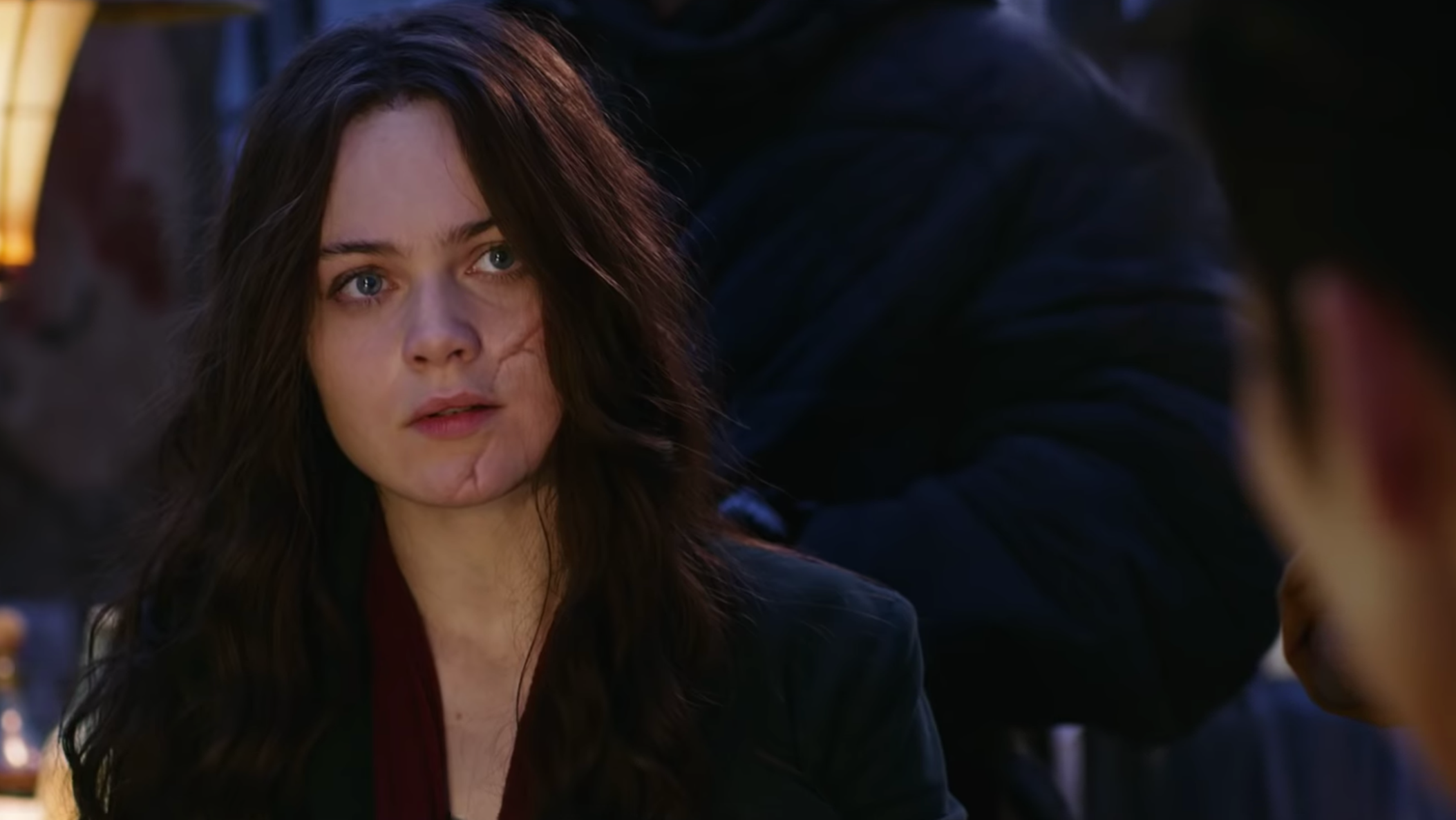 The New Mortal Engines Trailer Ramps Up The Big Ride