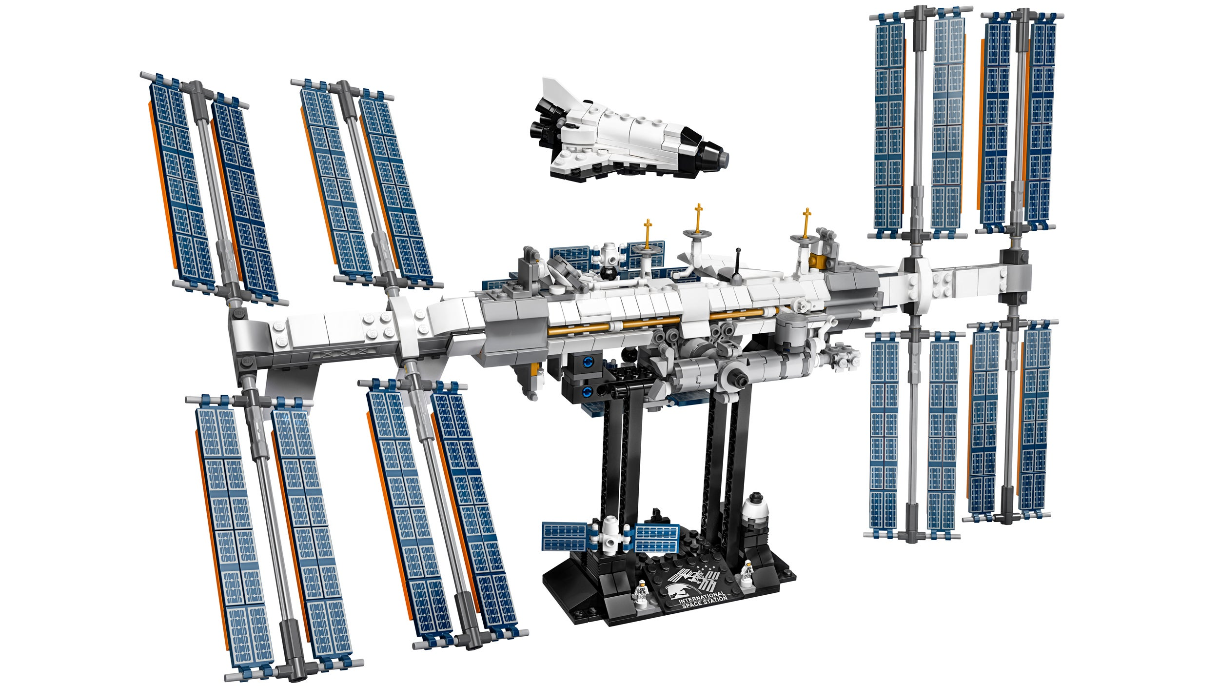 Lego's International Space Station Looks Like An Incredibly Detailed But Impossibly Fragile Build
