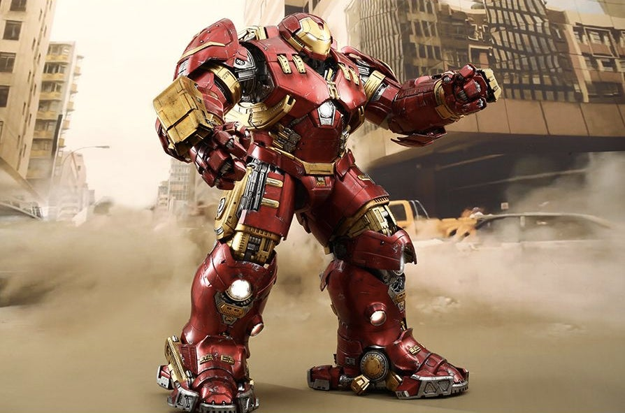 The First Official Shots of That Unbelievable Iron Man Hulkbuster Figure
