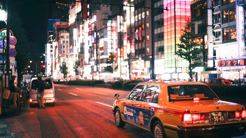 Tips For Hailing A Taxi In Popular Tourist Destinations Around The World