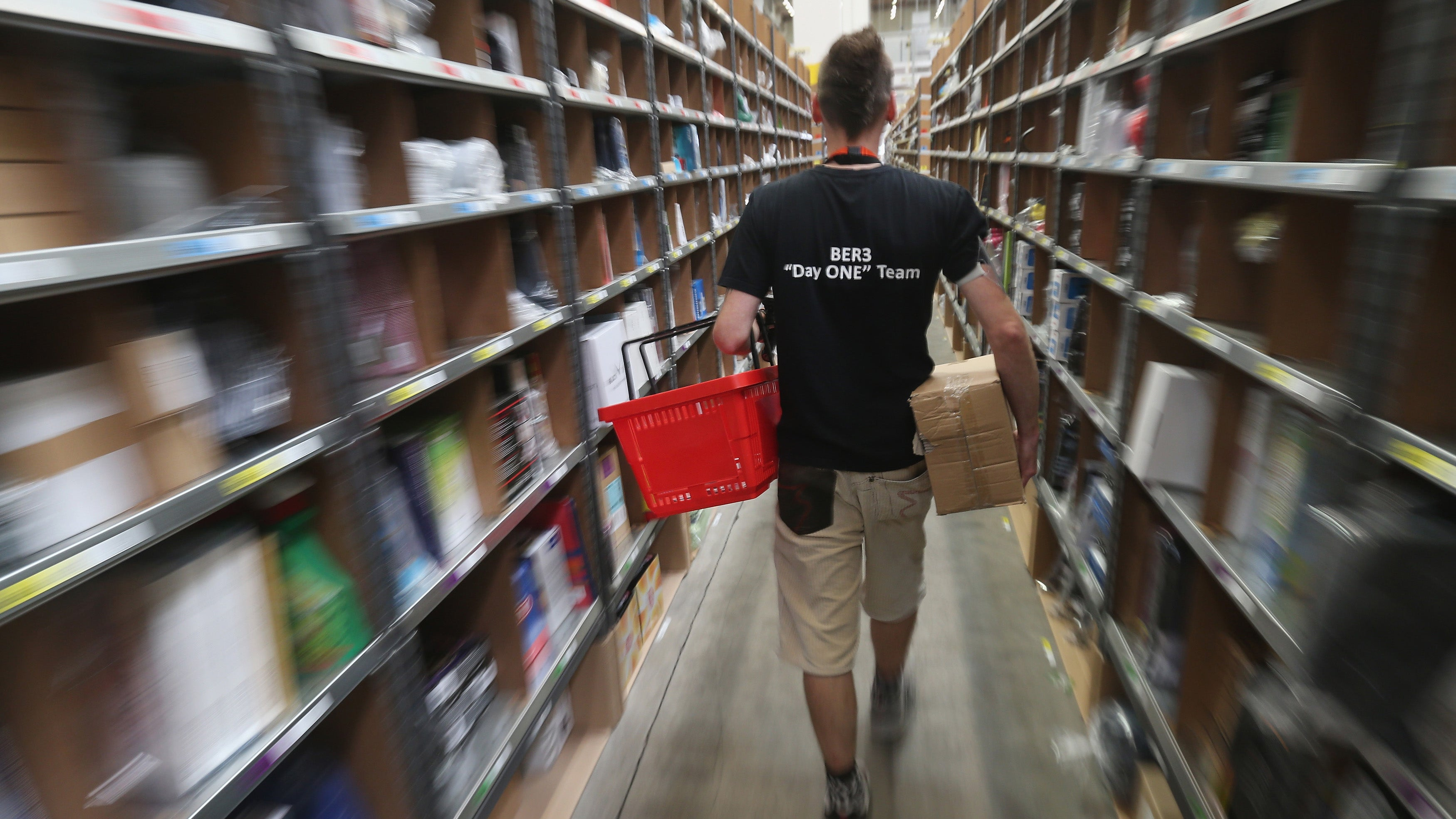 Tell Us Your Horror Stories About Working in an Amazon Warehouse