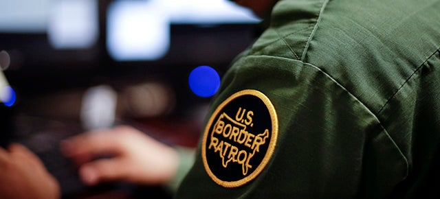 Report: Border Patrol Will Test Wearable Cameras for Agents