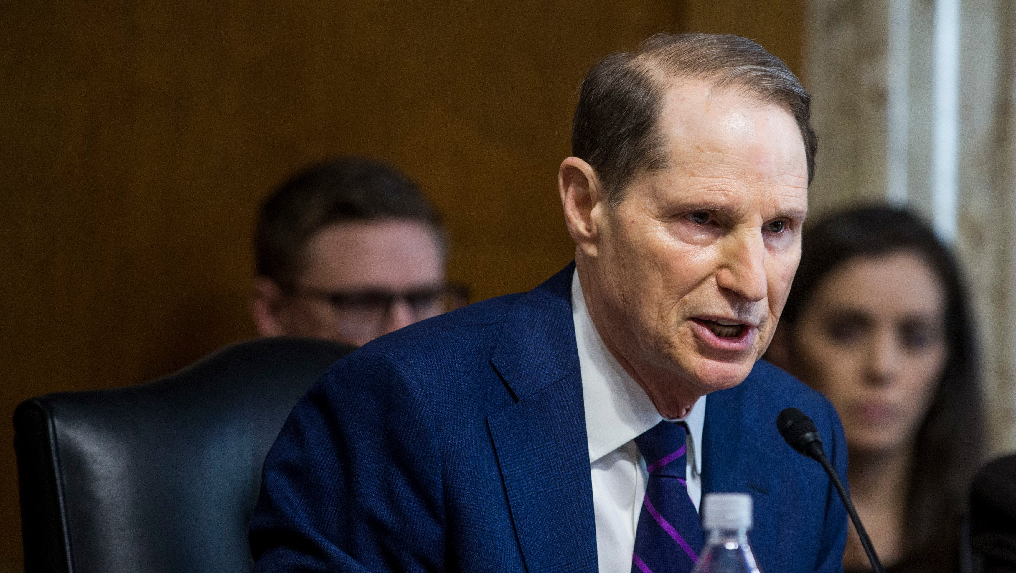 U.S. Senator Warns Facebook's Targeted Ads A 'Sophisticated' Threat To U.S. Elections