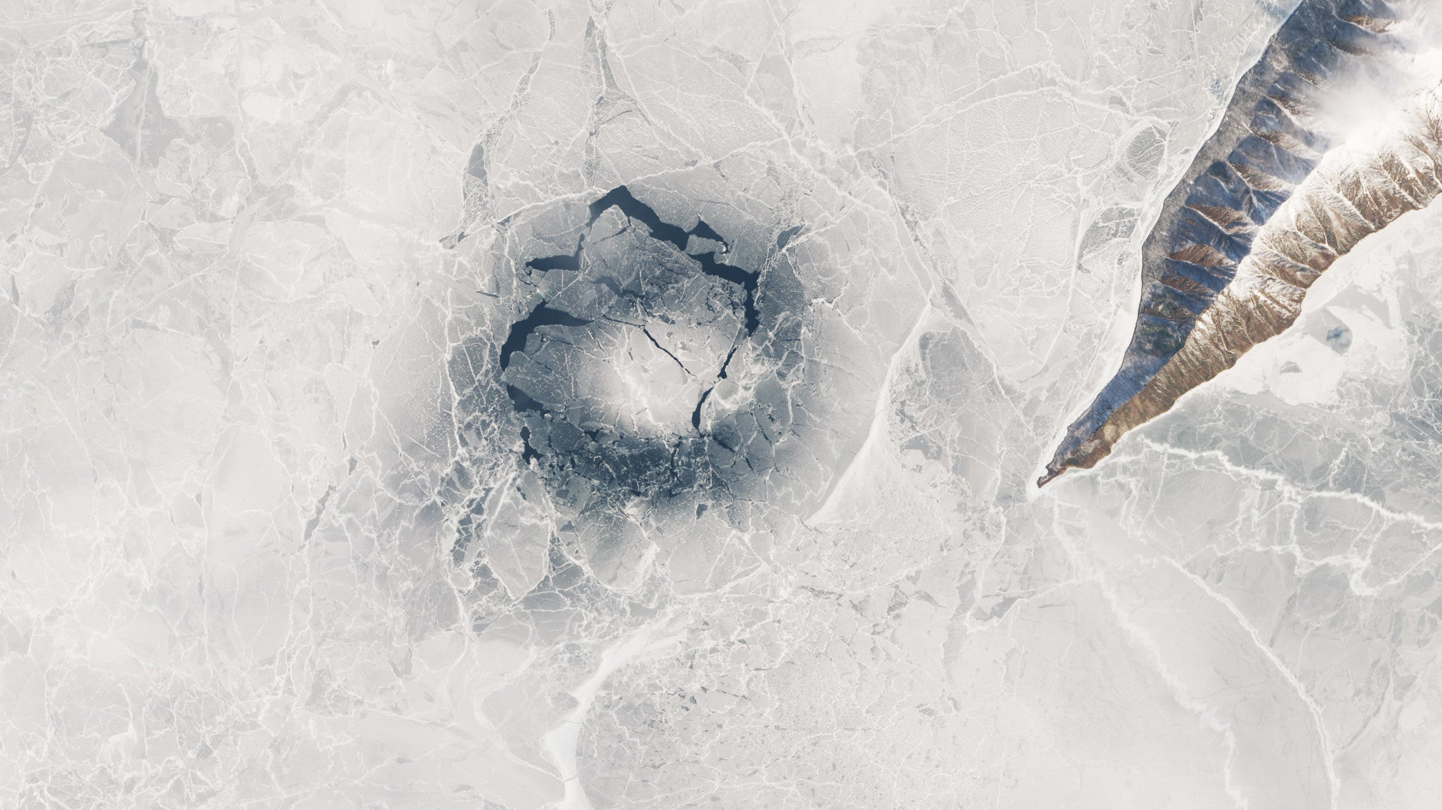 Cool Discovery Could Finally Explain Gigantic Ice Rings Found On Siberian Lake