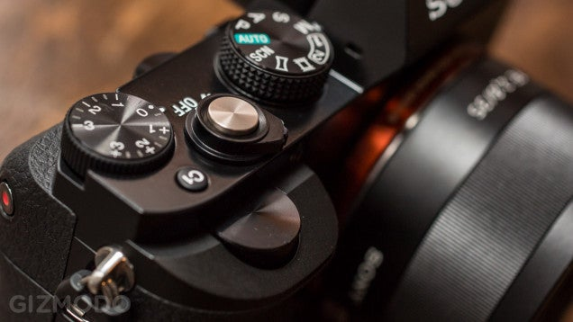 Sony's Firmware Update For A7 and A7r Promises Faster AF, Startup Time
