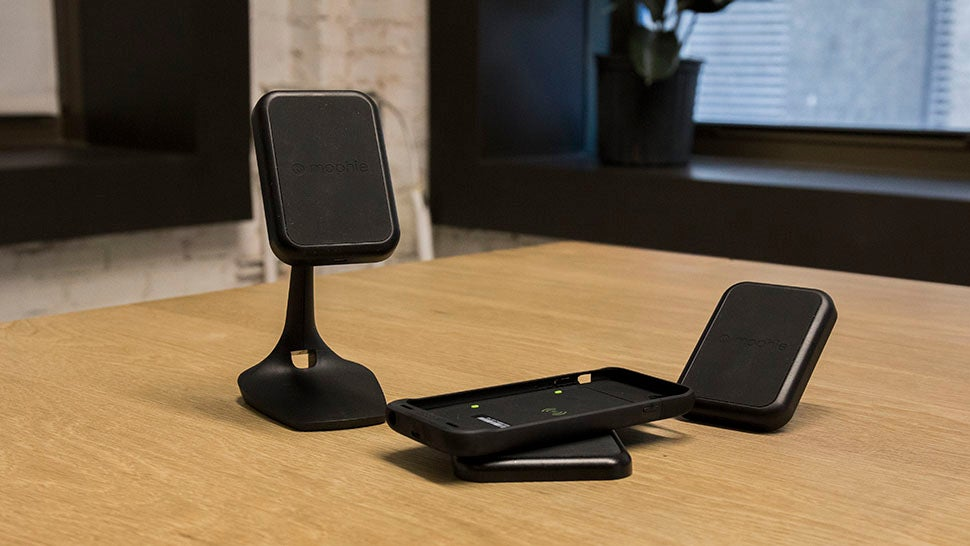Mophie's Wireless Charging Is a Costly and Convenient Solution For Cutting Cables