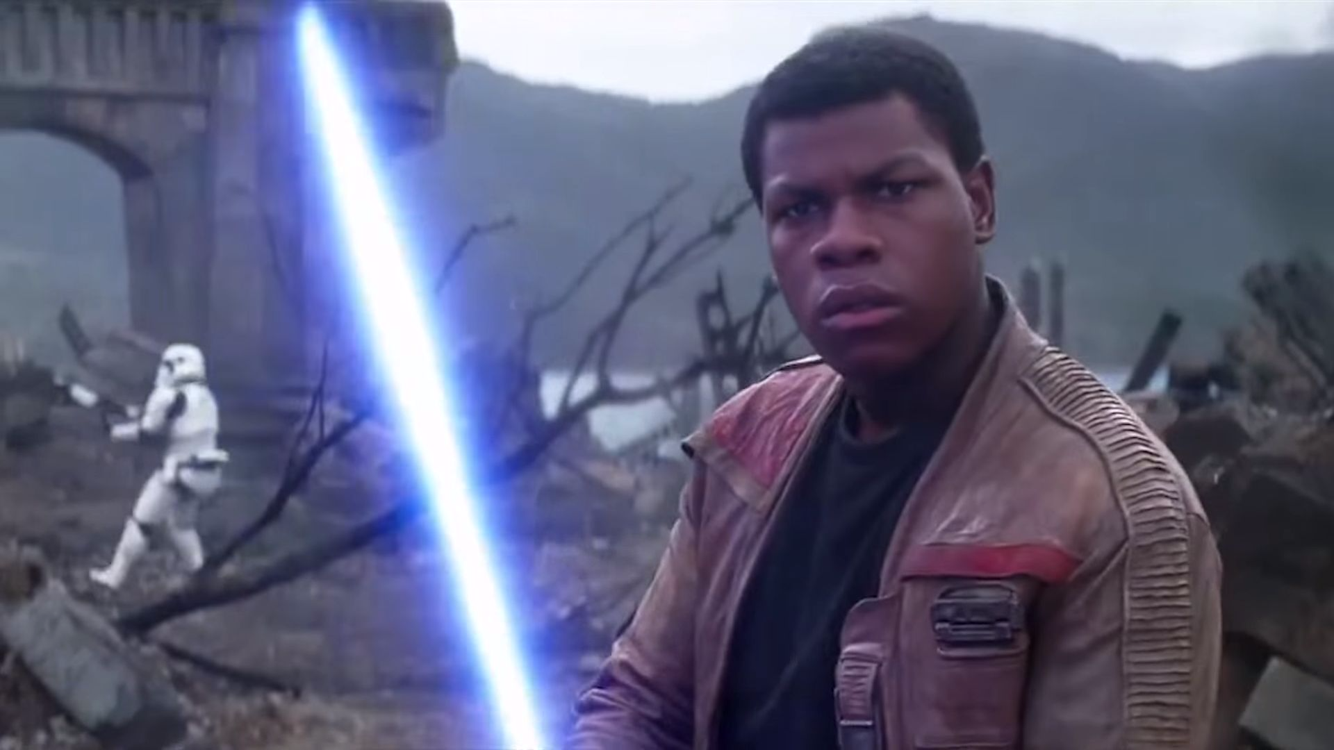 John Boyega Is Pretty Sure Finn Isn't Force Sensitive, But He's Not Disappointed