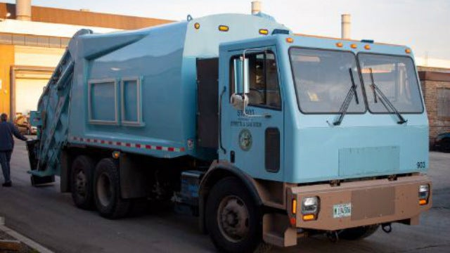 Chicago's New Electric Garbage Trucks Give Trash the Silent Treatment