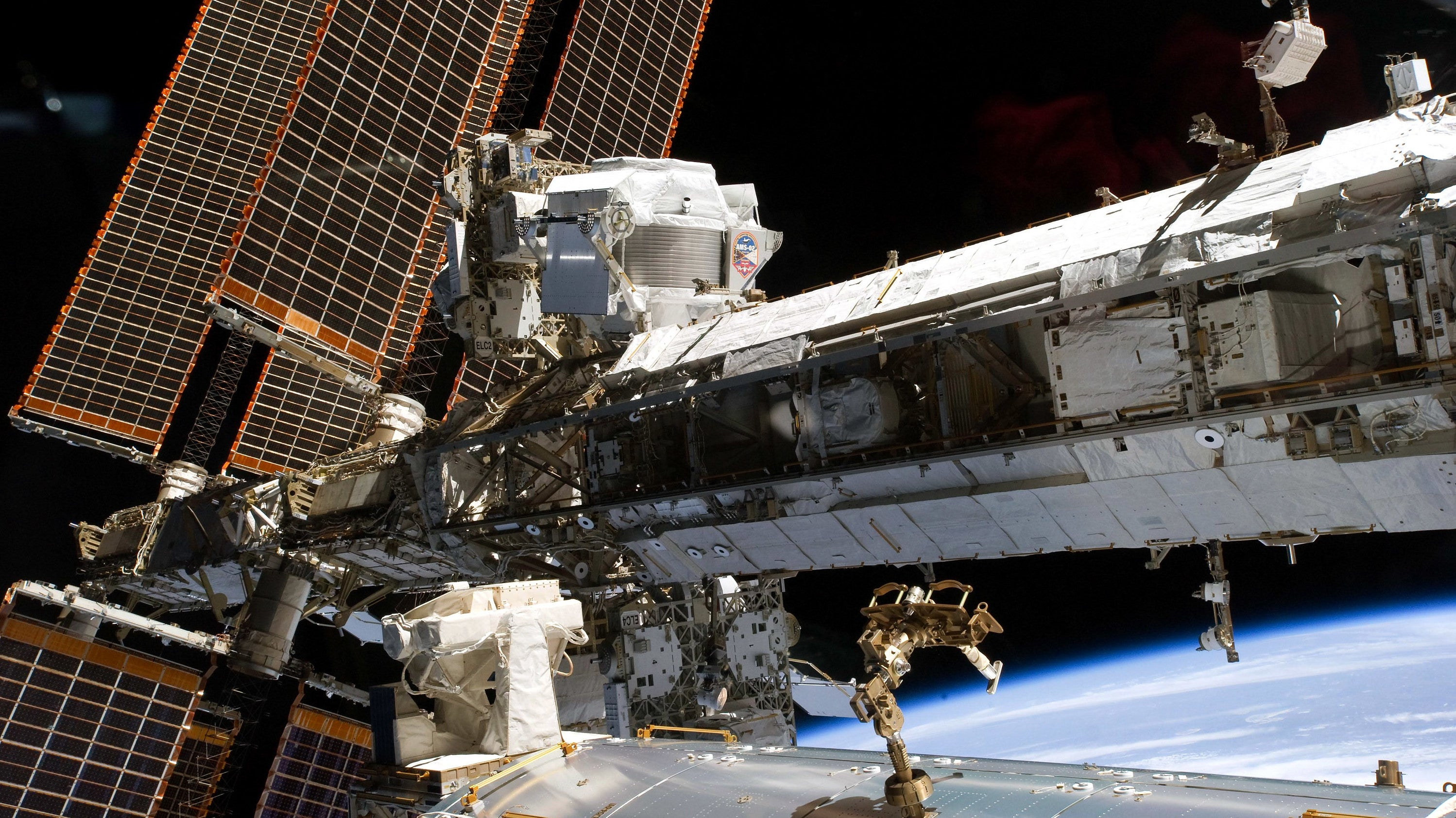 NASA Picks Axiom To Add A Garish Space Hotel To The ISS