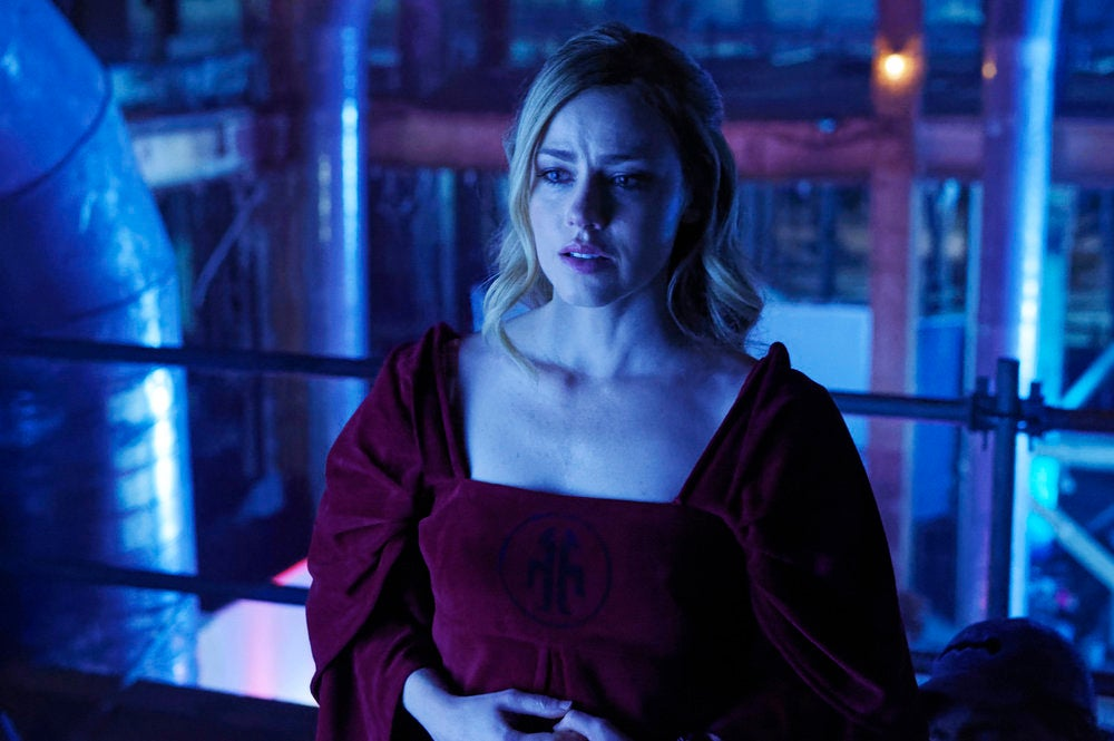 12 Monkeys' Amanda Schull On The New Season, Giving Birth To The Villain, And '80s Fashion