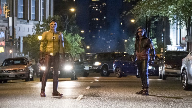 The Best Part Of TheFlashSeason 4 Premiere Was Everyone But Barry Allen