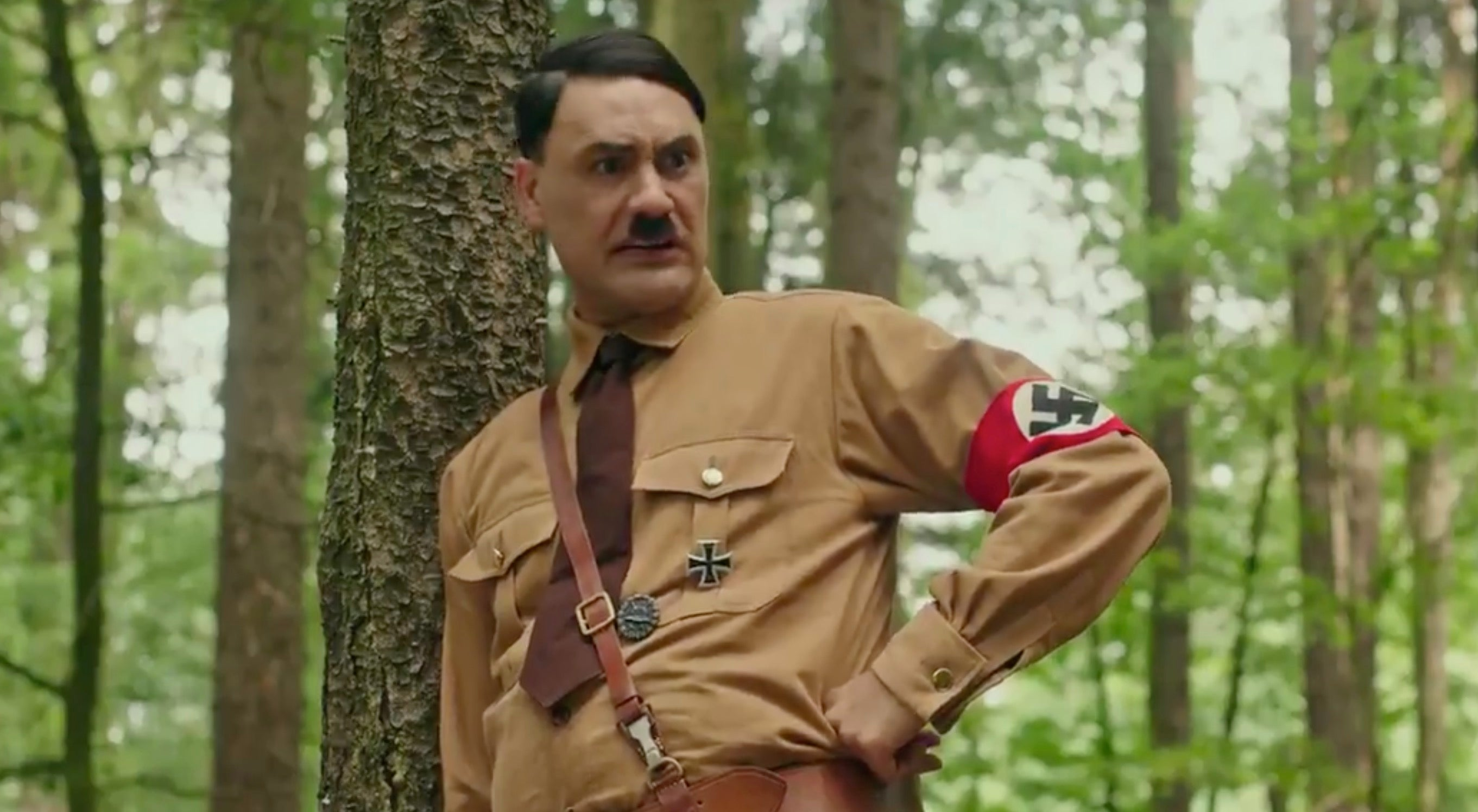 Jojo Rabbit's Teaser Trailer Features Taika Waititi Frolicking Around As Imaginary Hitler