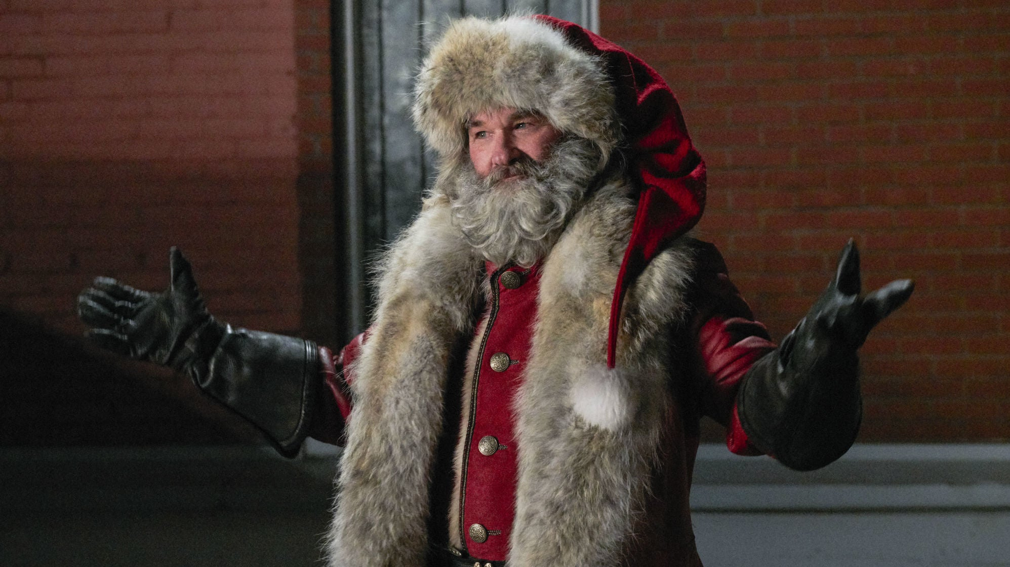 Watch Kurt Russell's Santa Claus Do So Much Crazy Stuff It Won't Fit In A Single Headline