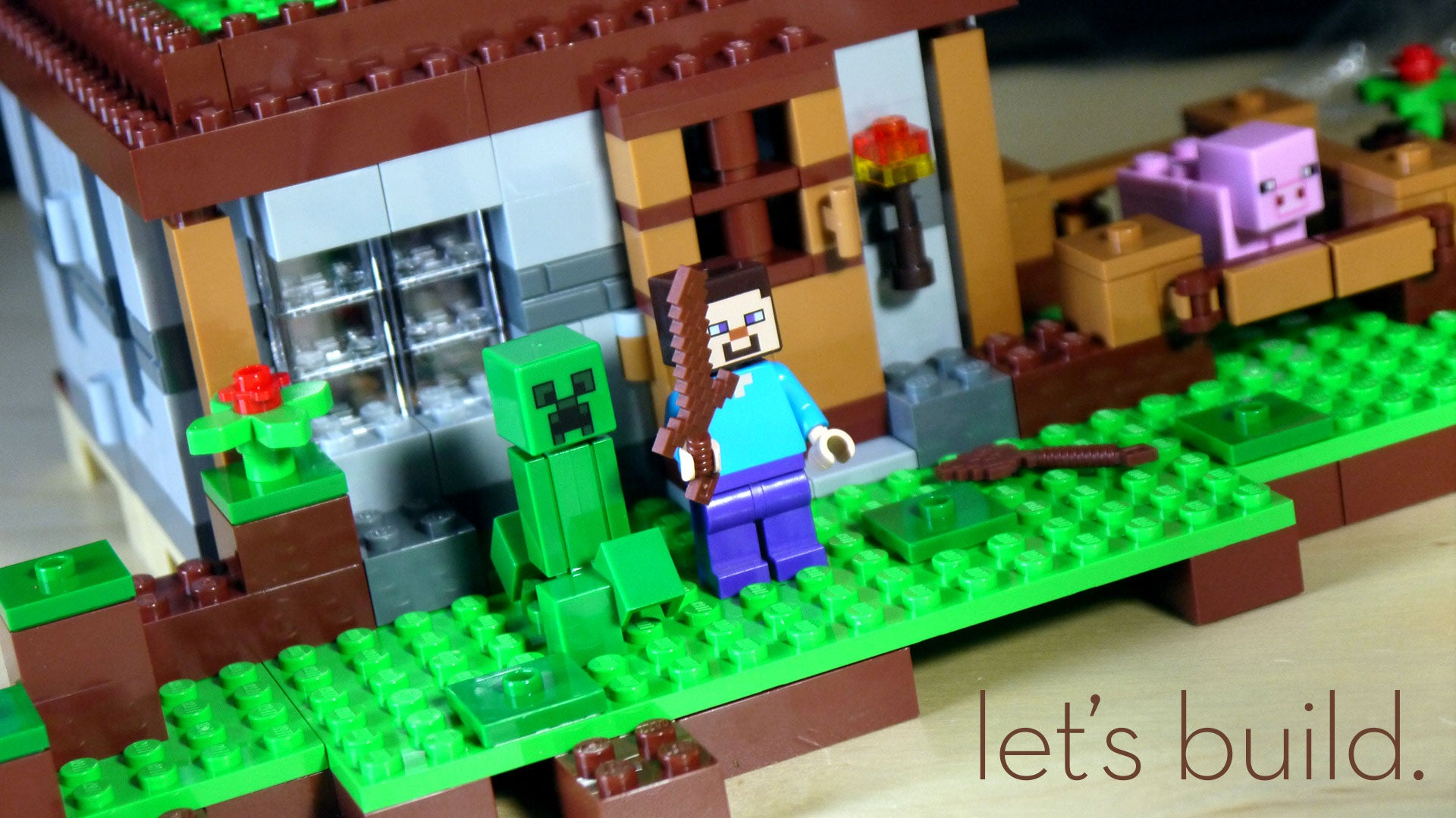 Building LEGO Minecraft Is Much More Fun At Minifig-Scale