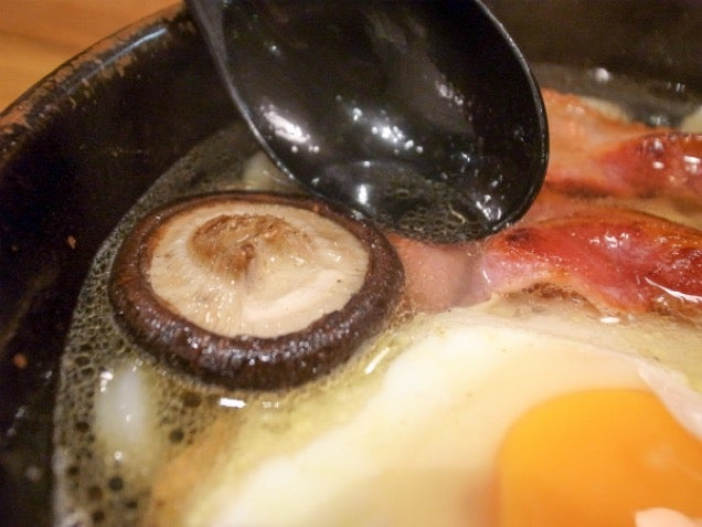 Japanese Noodles Look Delicious with Bacon