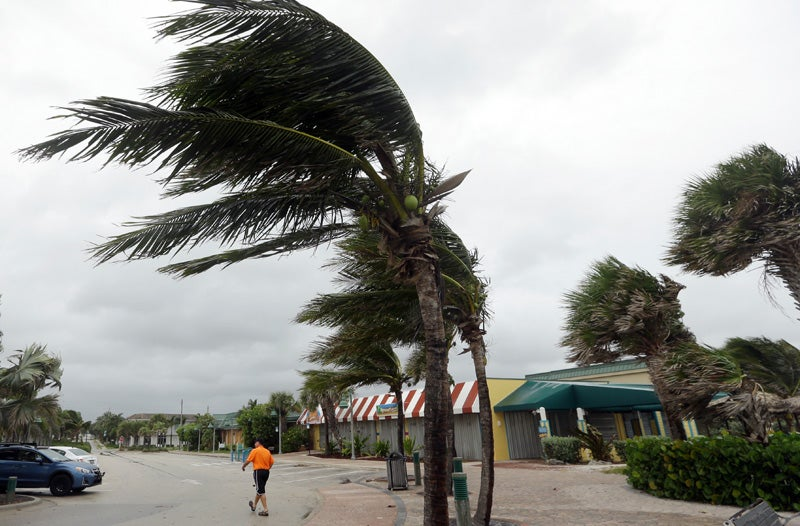 300,000 Lose Power In Florida As Hurricane Matthew Brushes The US Coast