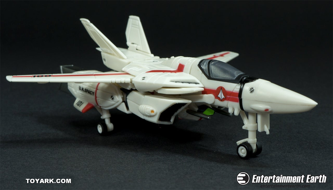 These 30th Anniversary Robotech Figures Are Pure Nostalgic Joy