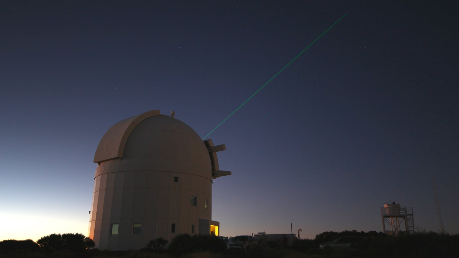 This Telescope Is Shooting a Laser Right at the ISS