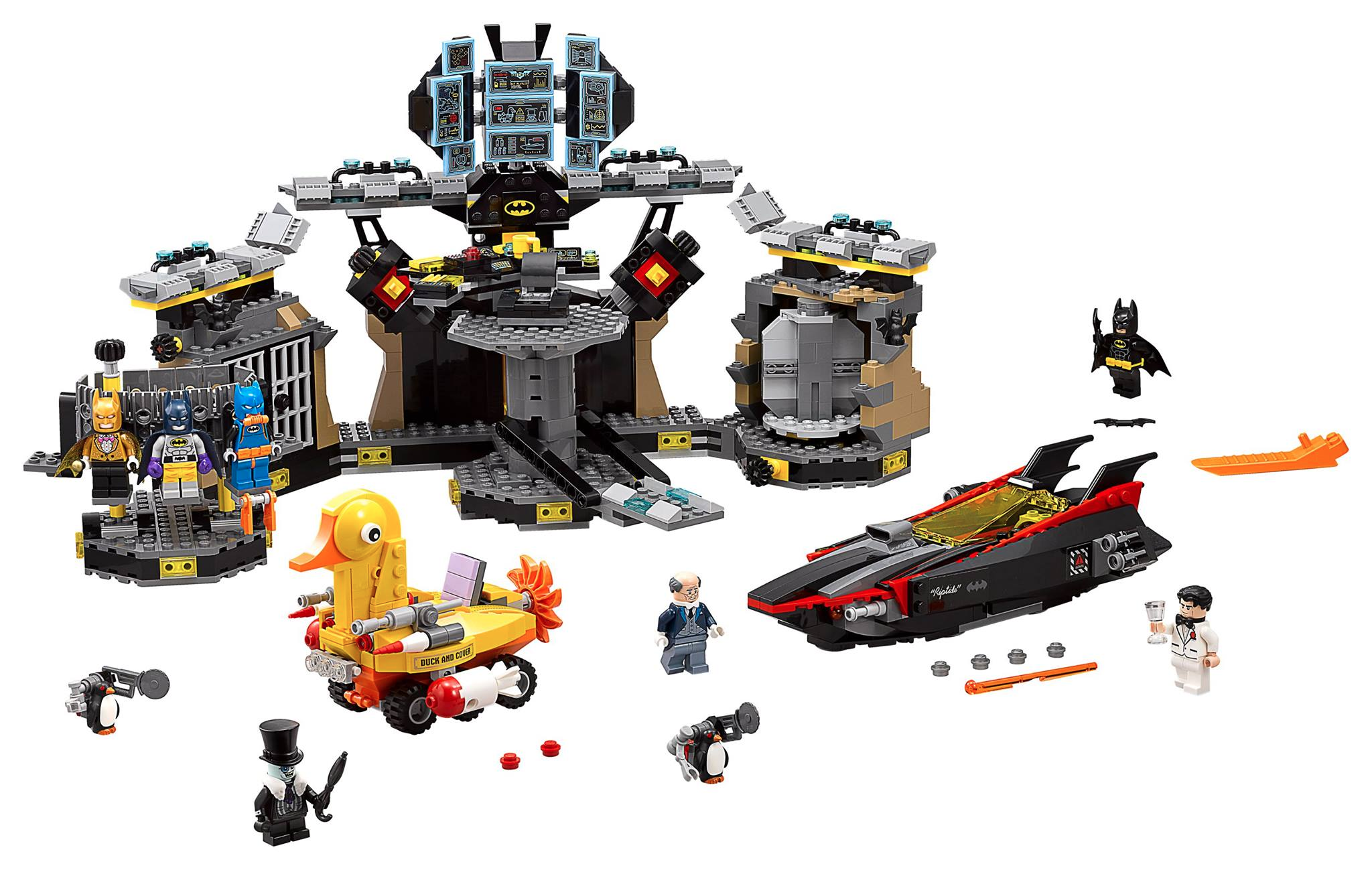 New Sets From The LEGO Batman Movie Feature Amazing Puns, Heavily Armed Penguins