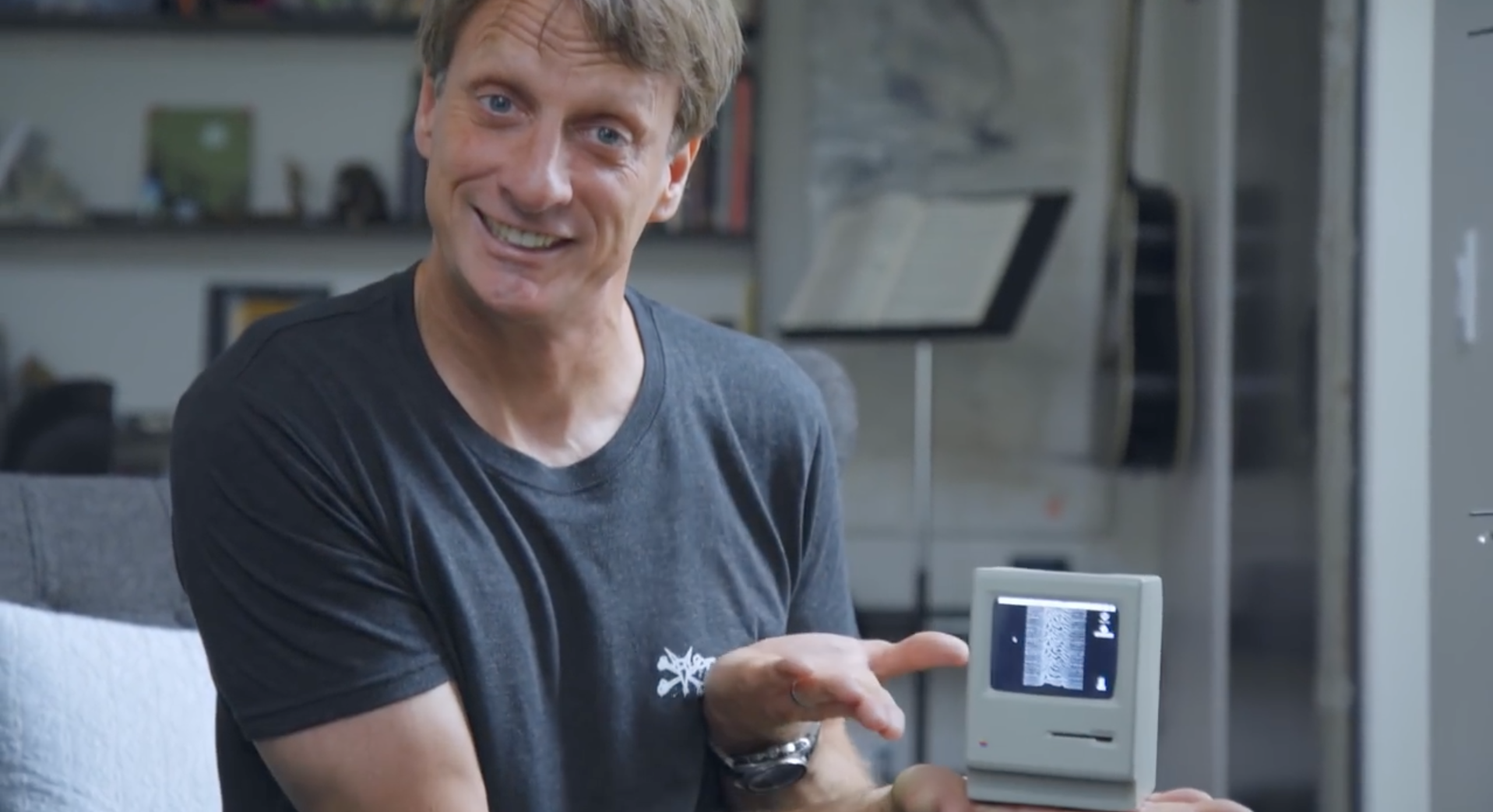 Watch Tony Hawk Geek Out Over His Favourite Gadgets