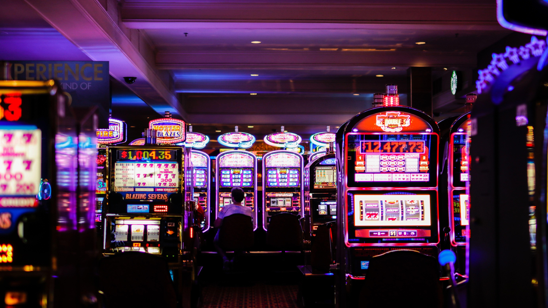 How Casinos Use Rewards Programs To Track Everything You Do