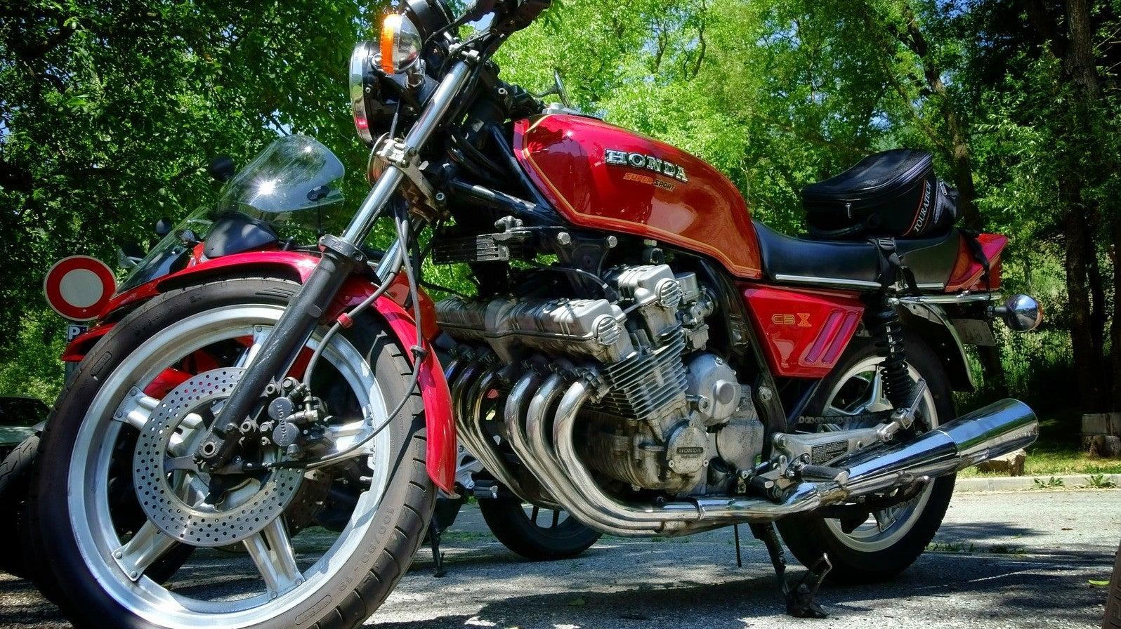 The Honda CBX Makes The Best Noise