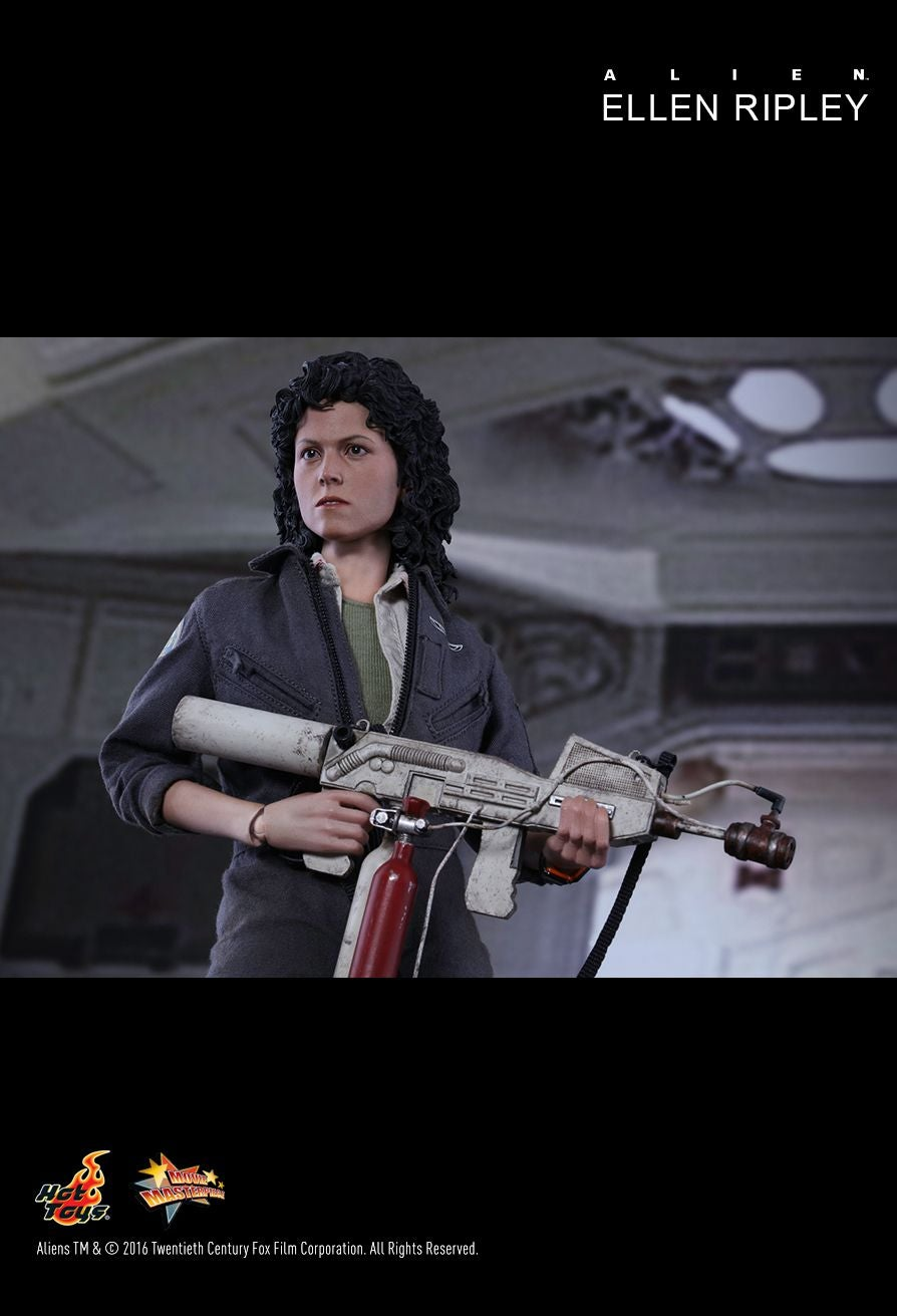 Hot Toys Just Revealed the Ultimate Ellen Ripley Alien Figure