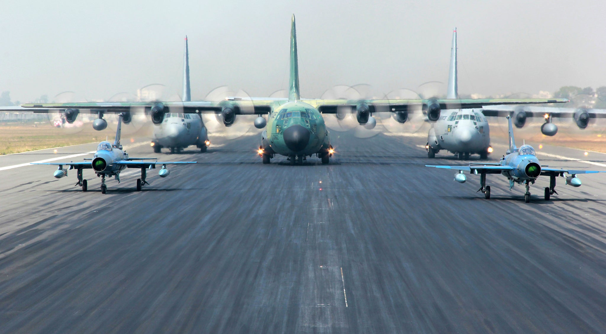 Cool Picture Of Five Aeroplanes Ready To Take Off Feels Like CGI