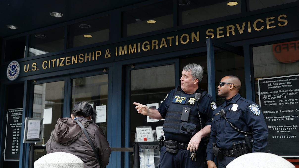 How US Immigration Is Gaining A Scary Amount Of Data Through Police Data-Mining