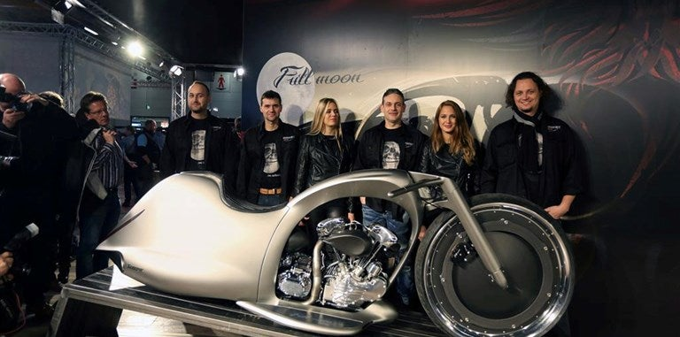 The Akrapovič Full Moon bike is like a Vespa from the future