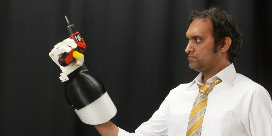 These Hard Suit Power Gloves Give You the Grip of a Kraken