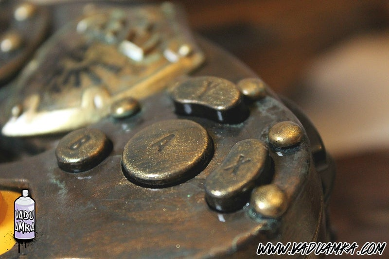 Custom Zelda GameCube Is A Mini Treasure Chest