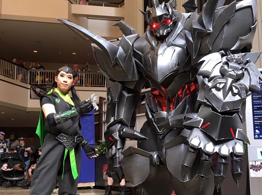 Look At The Size Of This Overwatch Cosplay