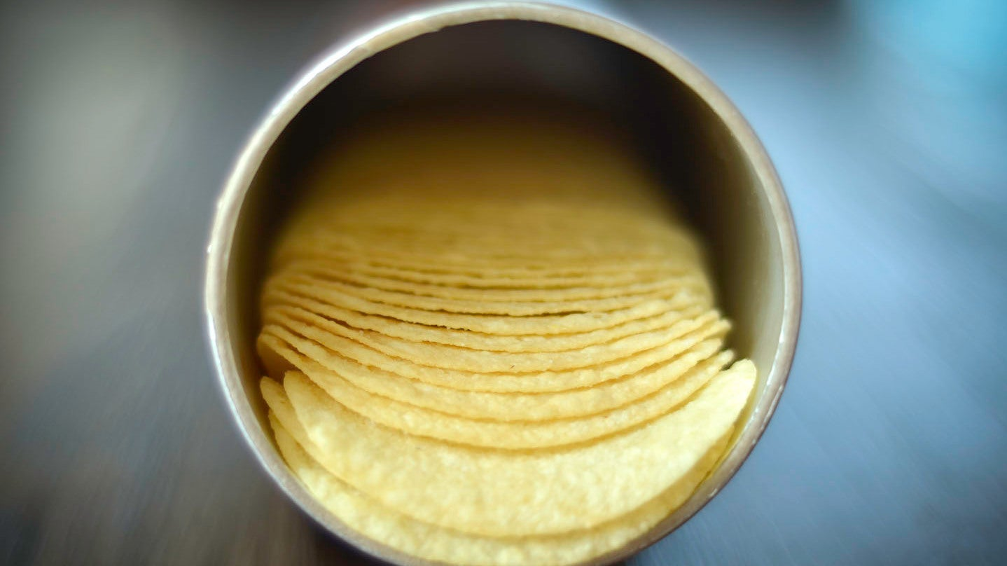 How To Get Pringles Out Of The Can Quickly And Easily