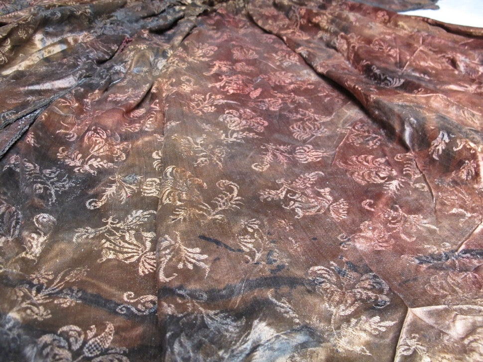 Exquisitely Preserved 17th Century Dress Recovered From Shipwreck