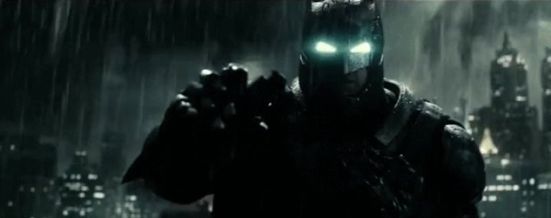 Watch Batman Completely Outsmart Superman in This Newest BvS Clip