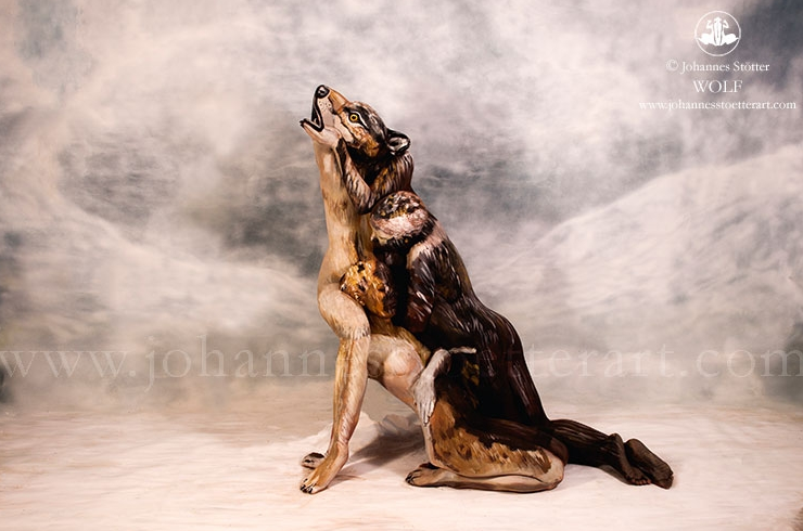This Painting of a Wolf Is Actually Hiding Three People in Bodypaint