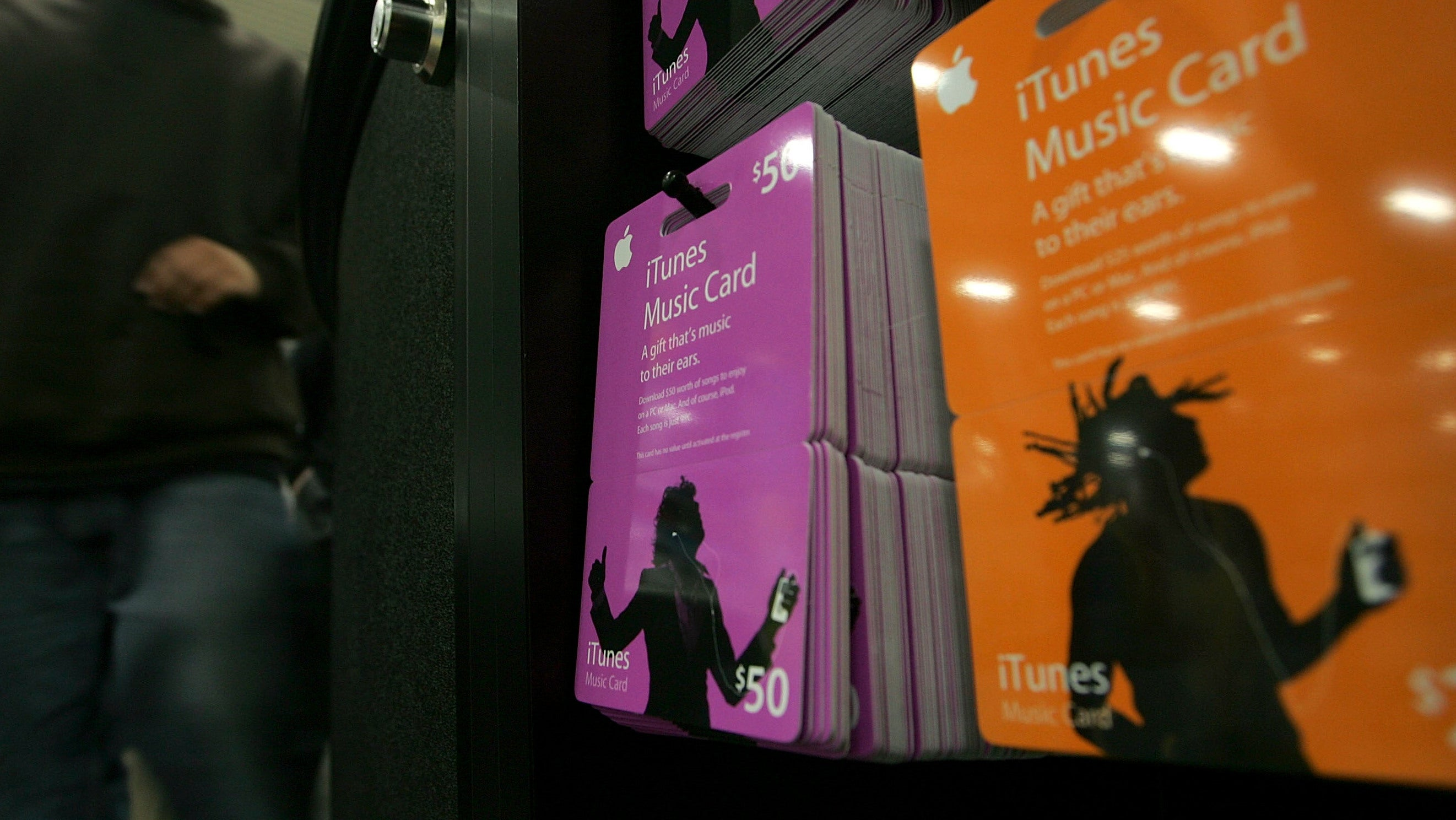 Dozens Sentenced In US For Call Centre Scam Where Victims Bought iTunes Gift Cards Under Threat Of Arrest