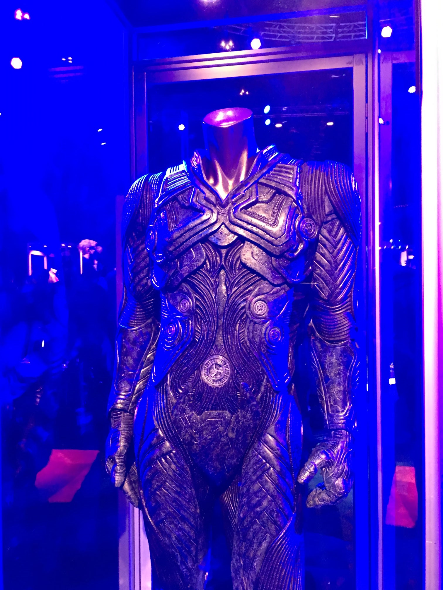 Take a Good Look at the Costume of Star Trek Beyond's Main Villain, Krall