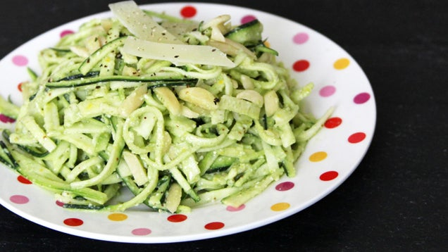 Two Ways To Turn Vegetables Into Noodles Without A Spiralizer