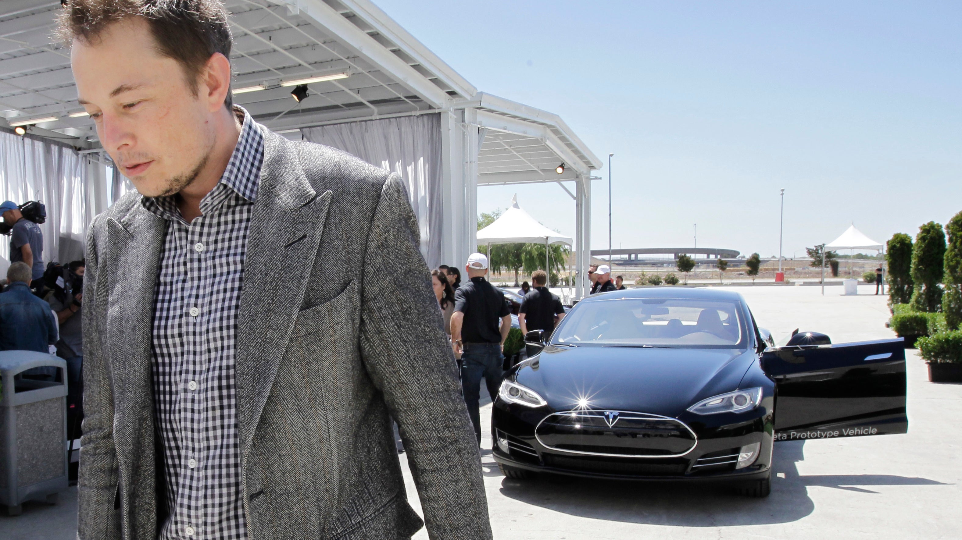 Elon Musk On Whistleblower Accusing Tesla Of Illegally Spying On Employee: 'This Guy Is Super [Nuts Emoji]'